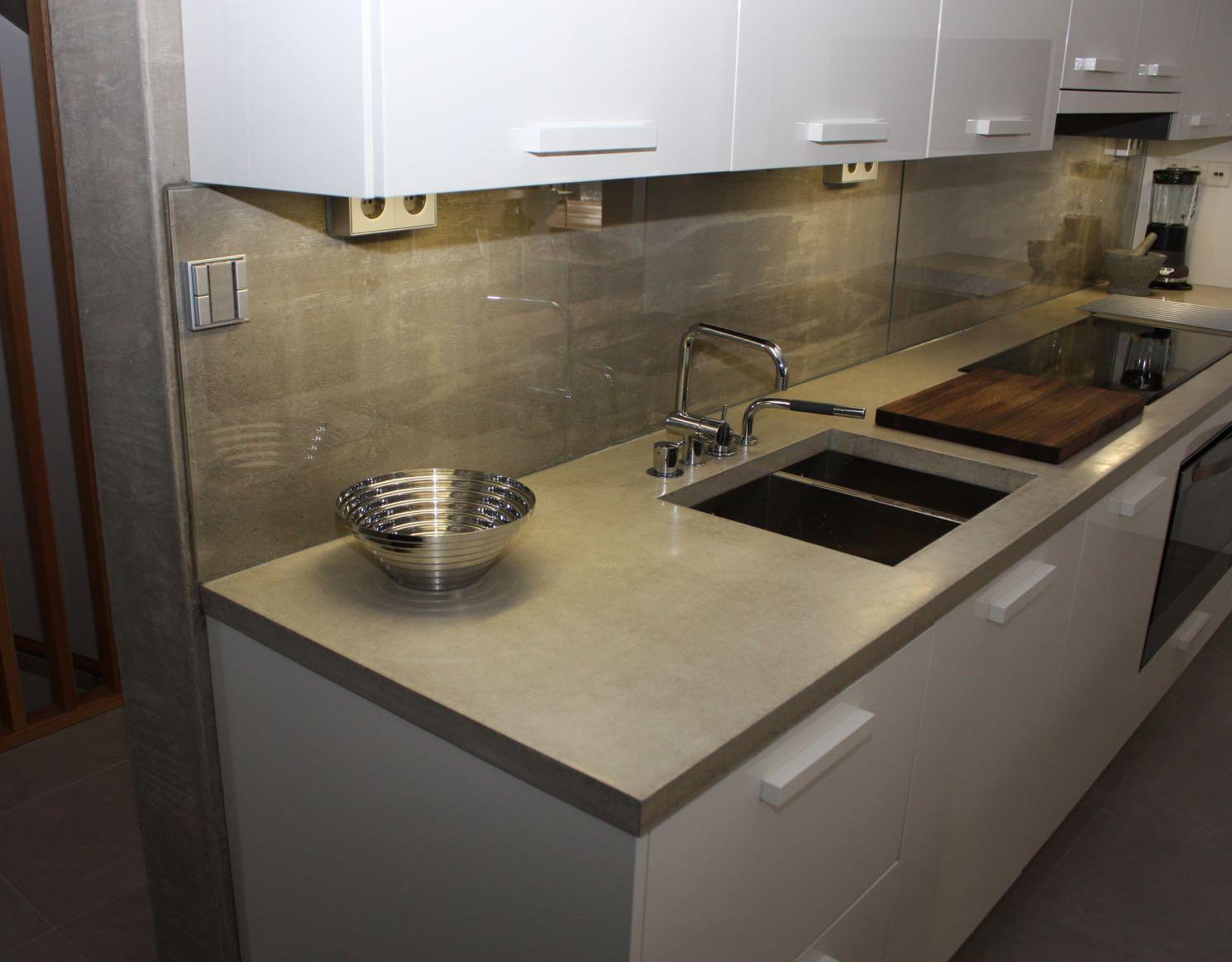 Kivitaso keittiöön hinta – Talon olohuone