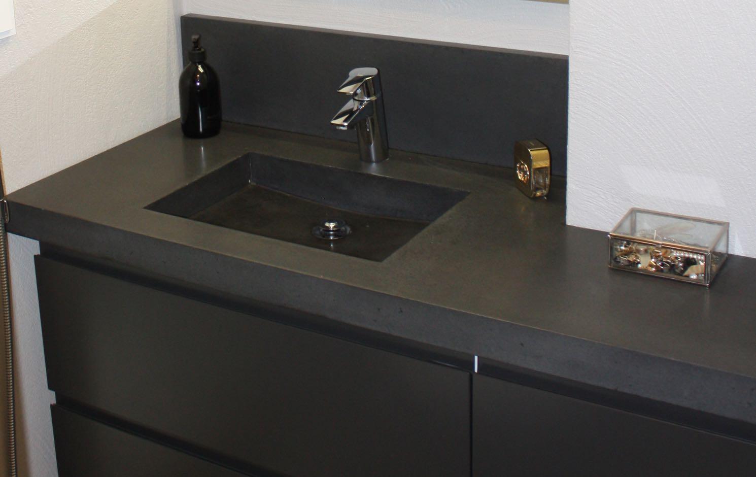 Sisustusbetoni Oy » 22 Kylpyhuoneen tasot ja WC altaat betonista